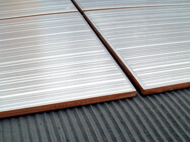 LepkoviLepkovi za podno i zidno lepljenje i fugovanje keramičkih pločica, teraco i mermernih ploča, kao i za polaganje svih vrsta parketa. Povećana obradljivost i athezija za beton, cementni malter i opeku.